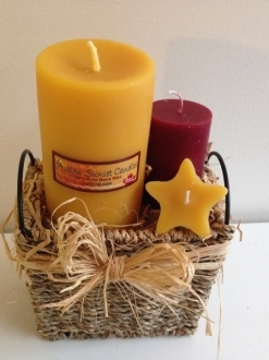 Small Gift Basket – You choose the color (doesn't have to be red) request in notes!
