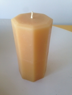 Beeswax 4″ x 3″ Octagon Pillar Candle Case – 4 units (OP4)