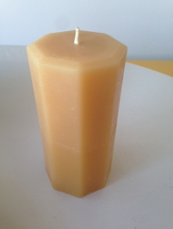 Beeswax 6″ x 3″ Octagon Pillar Candle Case – 4 units (OP4)