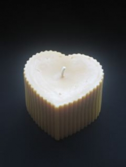 Beeswax 3″ x 4″ Heart Pillar Candle – 1 units (HP)